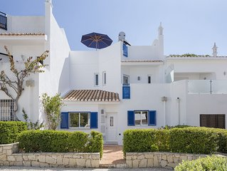 Vdl 138 - Beautiful 3-bedroom townhouse, stroll to beach and all facilities, air