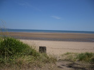 Family sized seafront home close to Gower