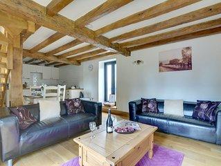 Water Farm Granary - Two Bedroom House, Sleeps 4