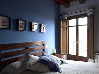 Es ideal para familias y grupos. Con apartamentos independientes y zonas comunes
