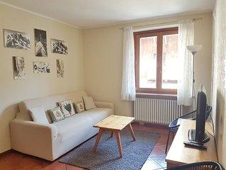 Appartamento nel centro di Courmayeur,  negozi e servizi  sotto casa