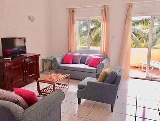 ⭐️ Appartement Bord de mer & Piscine - Flic En Flac - Top Floor Flat w/ Terrace
