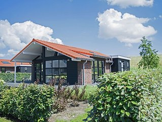 Comfortable and tasteful holiday home within walking distance from the Oostersch