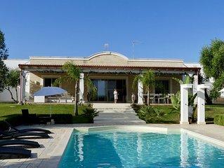 Villa M - Charming and Beautiful, Sea View