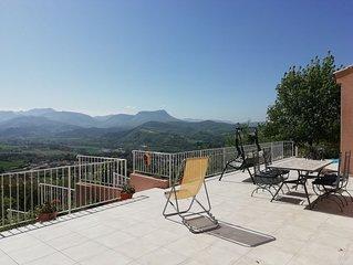 Maison avec très belle vue grand jardin, rivière Drôme, Vercors, Provenc