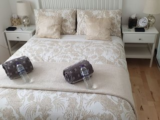 London, Richmond, 2 bedroom newly renovated, fully equpped apartment