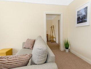 Modern apartment in Perth with 1 bedroom + double sofa bed