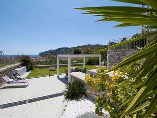 Appartamento  4 persone  in Villa vista mare con giardino e ampi spazi esterni
