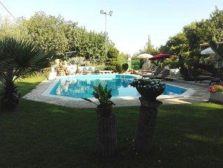 'Villa Cleo' Graziosa villetta con ampio giardino,piscina vicino campo da Golf