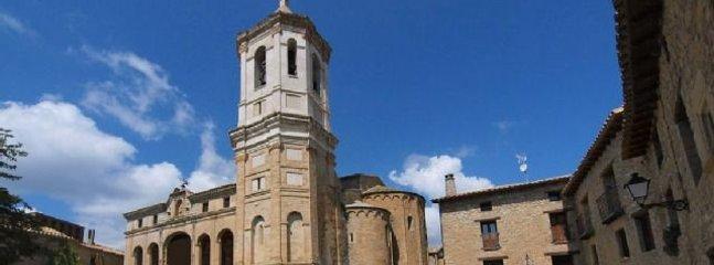 Catedral y fachada de la casa