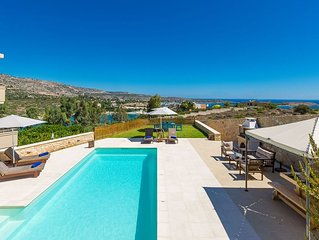 4BR Beachfront Villa in Chania just 50 meters from Sandy beach and Restaurant