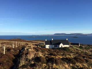 Fantastic Holiday Cottage on the stunning Waternish Peninsula - Fab Sea Views