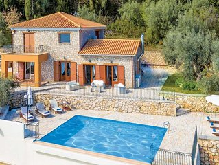 charming stone built country villa with tennis courts. Sea views, 3 bedrooms 3 b