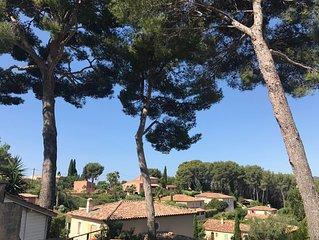 Sanary sur mer, villa provencale pour 6 personnes, acces mer a pieds, quartier r