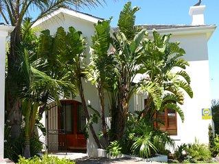 Perfect Luxury 5 Double Bedroom Villa in Secure Luxury Bel'Aire Winelands Estate