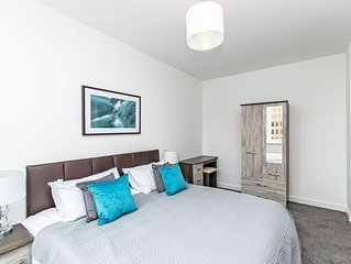 City Suites - Chester apartment that sleeps 4 guests  in 1 bedroom