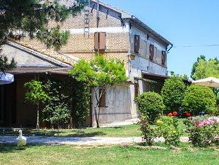 Casa Della Luna with Garden