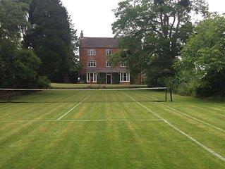 Boulsdon Croft Manor with hot hub and summer pool & grass tennis court
