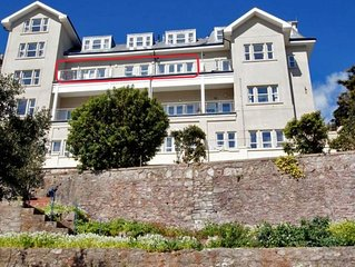 Beautiful Apartment in Torquay with Sea View