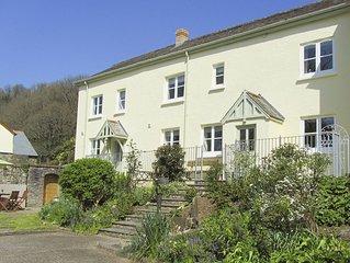 3 bedroom accommodation in Weare Giffard, near Bideford