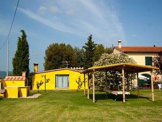 Grande appartamento tra campagna e mare con piscina e giardino!