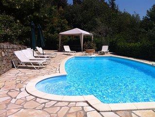 Heated pool, gas BBQ, stunning views, close to village, short drive to coast,