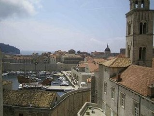 Luxury Apartment in the Heart of the Old Town