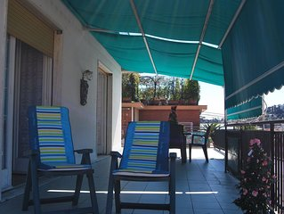 CASA EMY : sunny  penthouse with private box  -WiFi-SKYtv -conditioned air