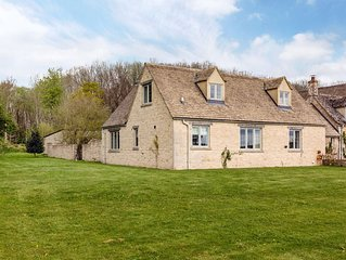 Charming Cotswolds Family Home in Oxfordshire