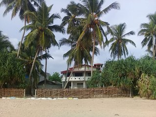 Paradise Beach House Right On The Beach Free Wi-Fi