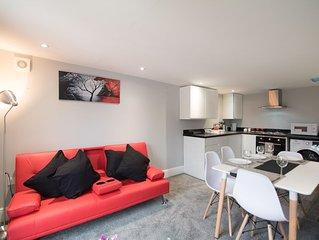 2 Bed Duplex En-suite Apartment near Derby City Centre - Apt 4