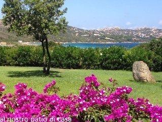 Alloggio con terrazza vista mare affacciato sull'incantevole baia Porto Raphael