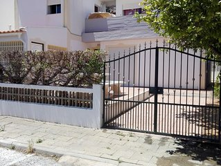 BEAUTIFUL TOWN HOUSE, 10 MINUTES WALKING FROM THE FISHERMEN BEACH IN THE BE