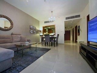 Dubai Downtown Luxury 1 Bedroom Apartment