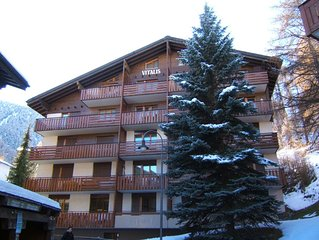Spacious 2 bedroom apartment, close to centre and Matterhorn departure station