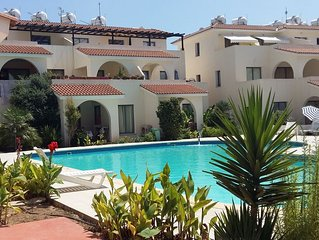 Modern 2 bed apartment with WiFi situated in the Universal Area of Paphos