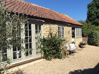 Well appointed, rural village getaway, close to Malton, York and the East Coast