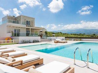 Rosmerta Villa, Chic & Prestigious!