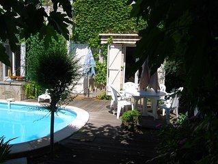 La Maison de Lise,   90 m² en Rez de jardin ,4 pers., piscine privée