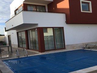 Maison avec piscine privée et chaufée et climatisation