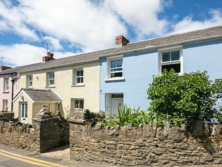 Milton cottage in the heart of Manorbier village, five minute walk to beach