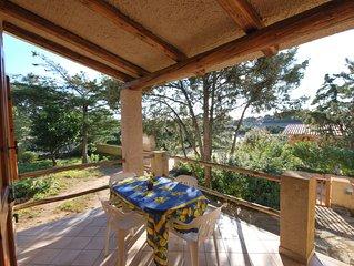 villetta in Res. con ampio giardino, barbecue, 2 camere, 2 bagni