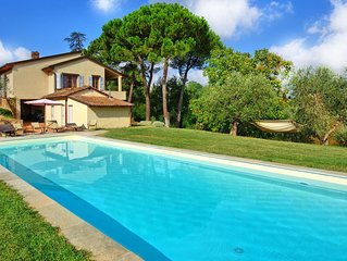 Villa in Montaione with 6 bedrooms sleeps 12