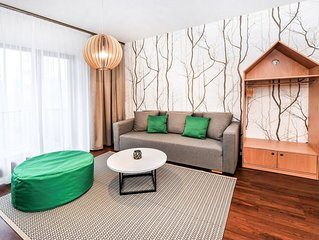 Cosy apartment for 4 guests with WIFI, TV, balcony and parking