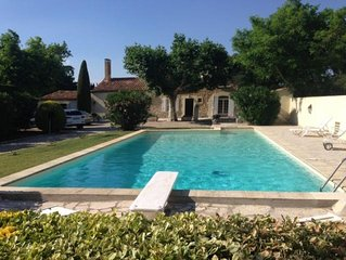 MAS avec piscine à 5 minutes de Saint Remy de Provence