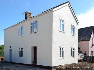 2 bedroom accommodation in Seaton, near Lyme Regis