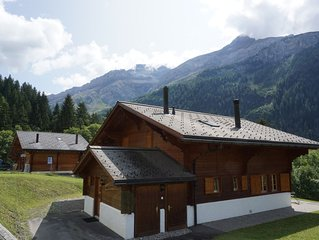 Beautiful 4 bedroom family chalet in a fantastic setting. Comfortably sleeps 8.