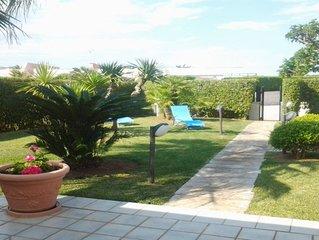 Villa Ivana al Mare con Grande Giardino, 5 Camere e 3 Bagni, Ideale per Gruppi