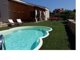 Villa con piscina Scopello