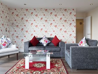 Cambridge Station Penthouse with Balcony & Parking